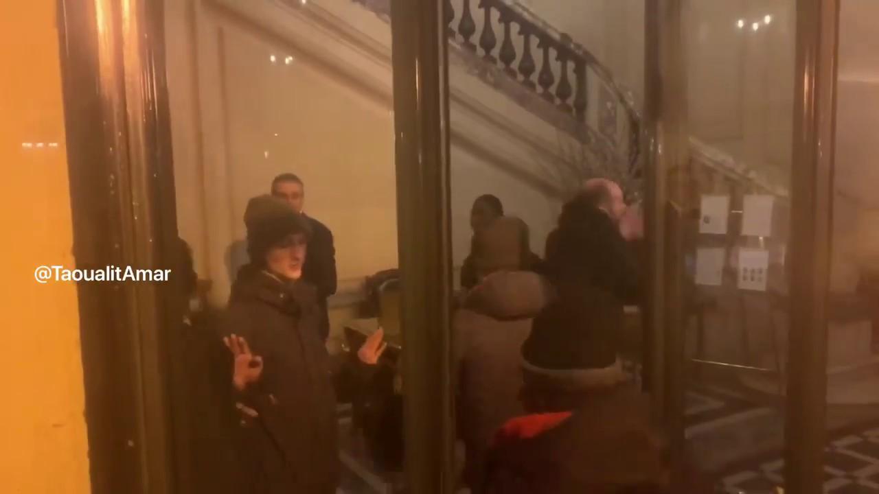 Cercle de l'Union interalliée envahit par des manifestants !