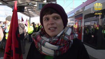 Deux mois de manifestations contre les retraites et solidarité des gilets jaunes avec les grévistes