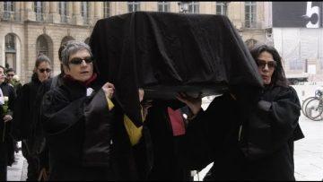 Retraite/49-3: les avocats enterrent symboliquement la justice (6 mars 2020, Paris)