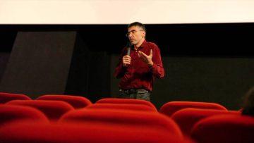 Pierre Carles : « Je pense qu'il faut supprimer certains médias »