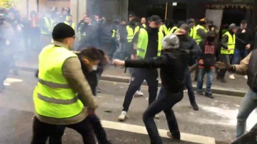 Antifa vs Facho Act XIII Lyon