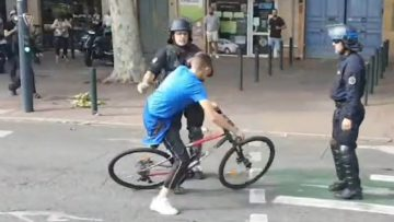 agression-de-cyclistes-par-la-po