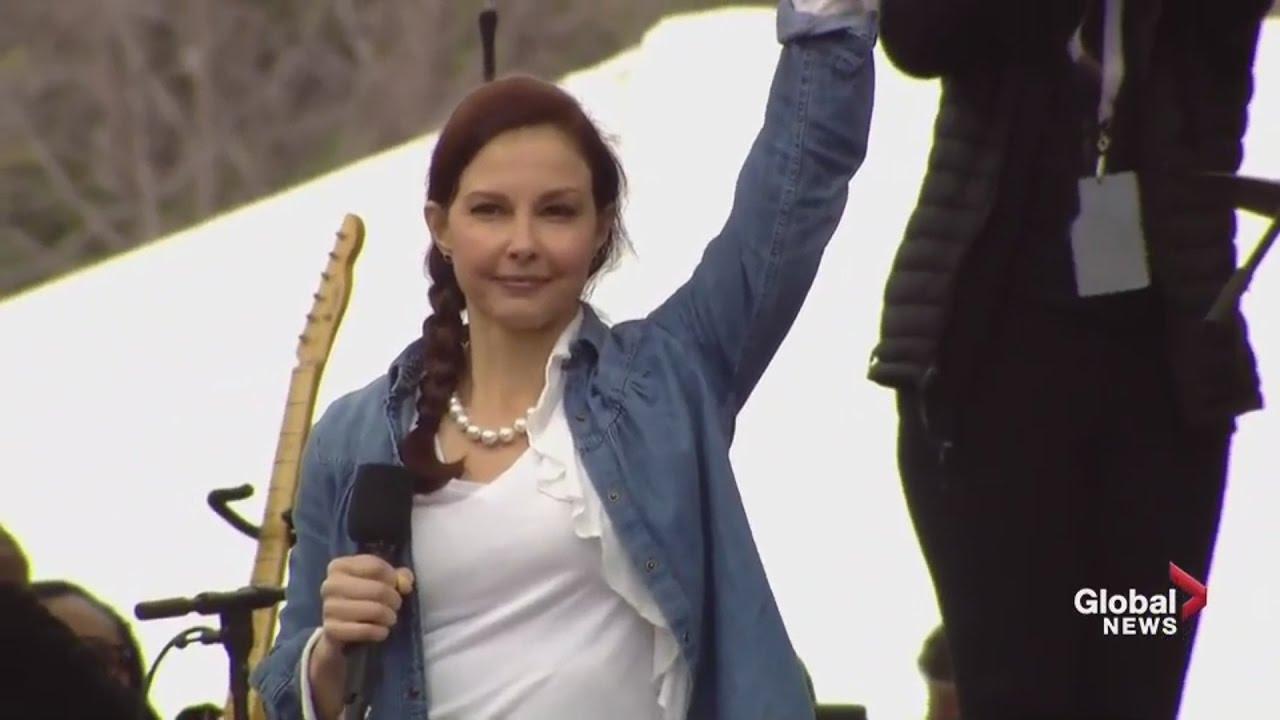 I AM A NASTY WOMAN – Ashley Judd