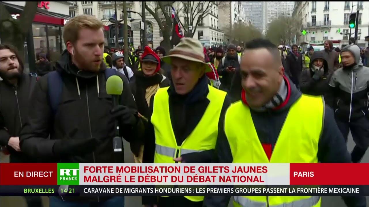 """Paris, des Gilets jaunes """"On tiendra aussi longtemps qu'il faudra"""""""