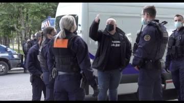 Les patrons de boites de nuit verbalisés devant l'Assemblée Nationale (10 mai 2021, Paris)
