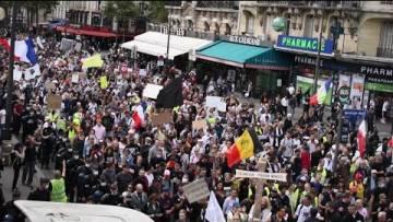 Foule immense contre le Pass-Sanitaire à Paris // Manifestation contre le Pass sanitaire à Paris