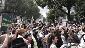 «Nos libertés trépassent, le peuple ne veut pas du pass !»